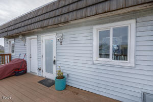 425 NW Brook St, 2, Newport, OR 97365