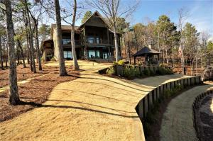 102 Misty Ridge, Alexander City, AL 35010