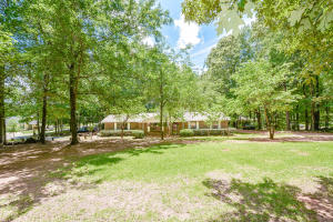 619 Timber Cove Dr, Jacksons Gap, AL 36861