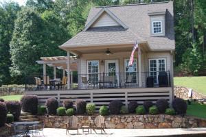161 Cottage Court, Dadeville, AL 36853