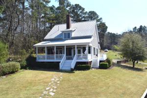 198 Thomas Loop, Jacksons Gap, AL 36861