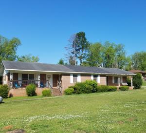 149 Spring St, Camp Hill, AL 36850