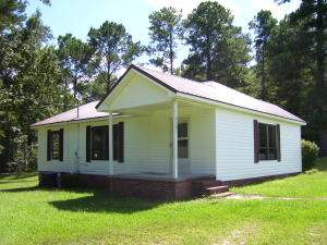 3361 Elkahatchee Road, Alexander City, AL 35010