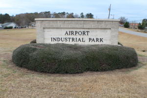 Airport Blvd, Alexander City, AL 35010