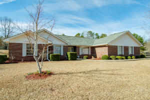 668 Stagecoach Rd, Dadeville, AL 36853