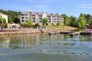 250 Crowne Pointe Road Unit 101, Dadeville, AL 36853