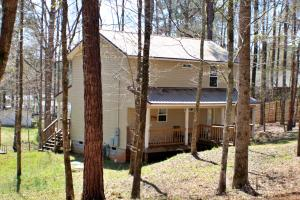 24 Pinewood Ln, Jacksons Gap, AL 36861
