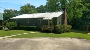 68 Natchez Rd, Dadeville, AL 36853