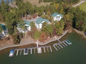 165 Sunset Point #831 Dr, Dadeville, AL 36853