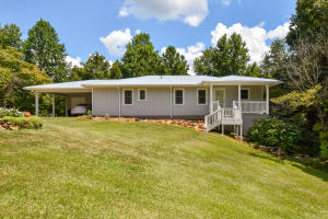 1194 Ridge Rd, Jacksons Gap, AL 36861