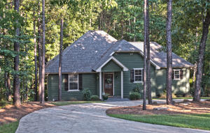 101 Village Cir, Dadeville, AL 36853