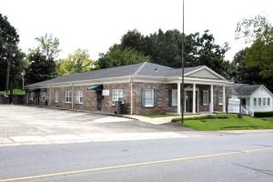 239 Church St, Alexander City, AL 35010