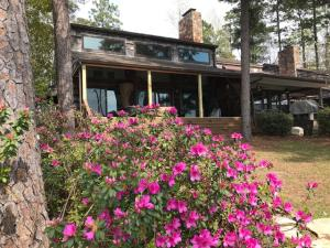 16 Poplar Point, Dadeville, AL 36853