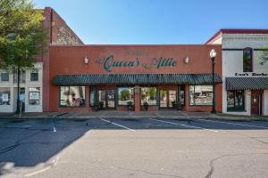 110 Calhoun Street Suite 109, Alexander City, AL 35010