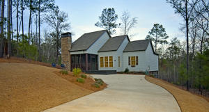 165 Camp Cir, Dadeville, AL 36853