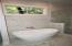 Master bath, Soaking tub