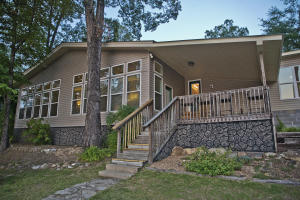 Welcome to 432 Timber Cove, in the heart of Manoy Creek
