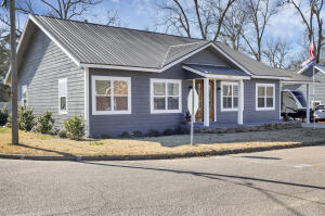290 W College St, Eclectic, AL 36024