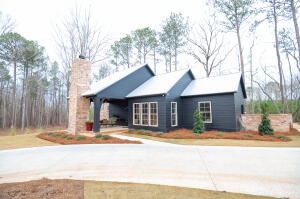 164 Harbor View Blvd, Dadeville, AL 36853
