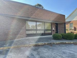 724 Commerce Dr, Alexander City, AL 35010
