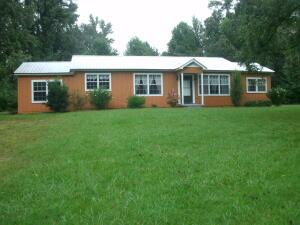 793 Concord Rd, Dadeville, AL 36853