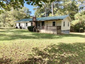 713 Rock Springs Rd, Jacksons Gap, AL 36861