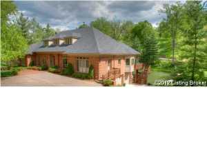 5300 Glencrest Dr, Glenview, KY 40025