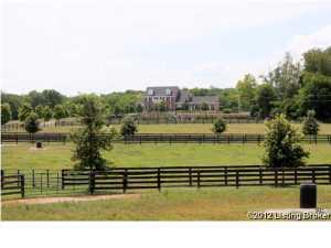 361 Heritage Ln, Shelbyville, KY 40065