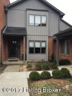 5526 Forest Lake Dr, Louisville, KY 40059