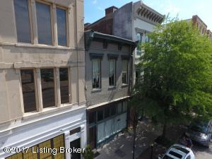 323 E Market St, Louisville, KY 40202