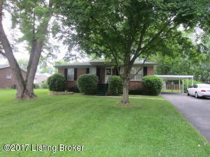 6503 Crossbrook Dr, Pewee Valley, KY 40056
