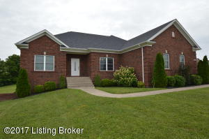 356 Markwell Ln, Taylorsville, KY 40071