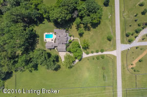 15501 Beckley Crossing Dr, Louisville, KY 40245