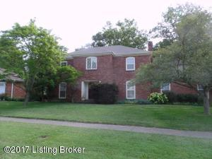 2 Story Brick Traditional Home in Douglass Hills