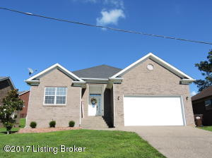 Welcome Home to 390 Cornell Ave. in Mt. Washington, KY 40047