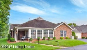 10536 Eagle Pines Ln, Louisville, KY 40223