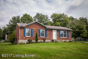 6903 Cedar Court, Pewee Valley, KY 40056