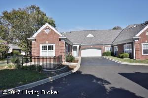 5931 Ashwood Bluff Dr, Louisville, KY 40207