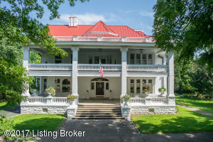 12005 E Osage Rd, Anchorage, KY 40223