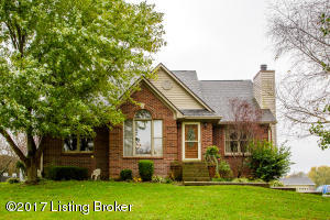 79 Meadowlake Dr, Taylorsville, KY 40071