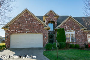 118 Whispering Pines Cir, Louisville, KY 40245