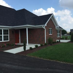 507 Eagle Pointe Dr, Louisville, KY 40214