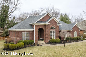 1602 Two Springs Pl, Louisville, KY 40207