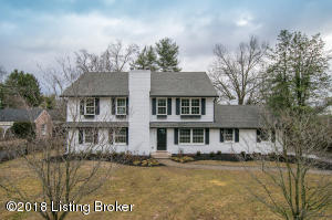 417 Country Ln, Louisville, KY 40207