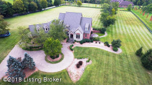 5 Acres of Exceptional Living Experience