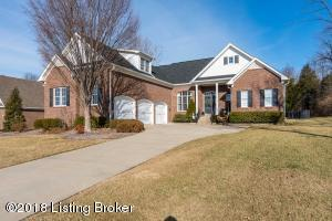 6201 Perrin Dr, Crestwood, KY 40014