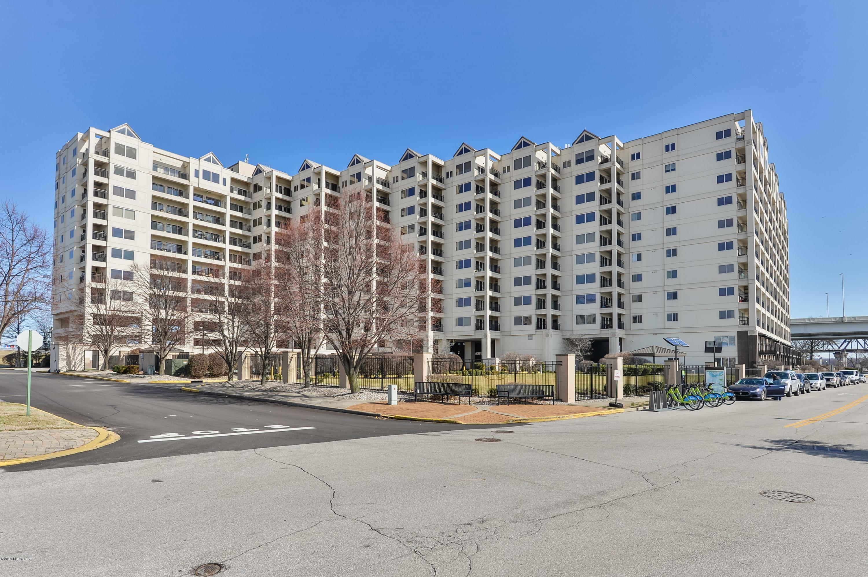 1 Riverpointe Plaza, Apt 1113
