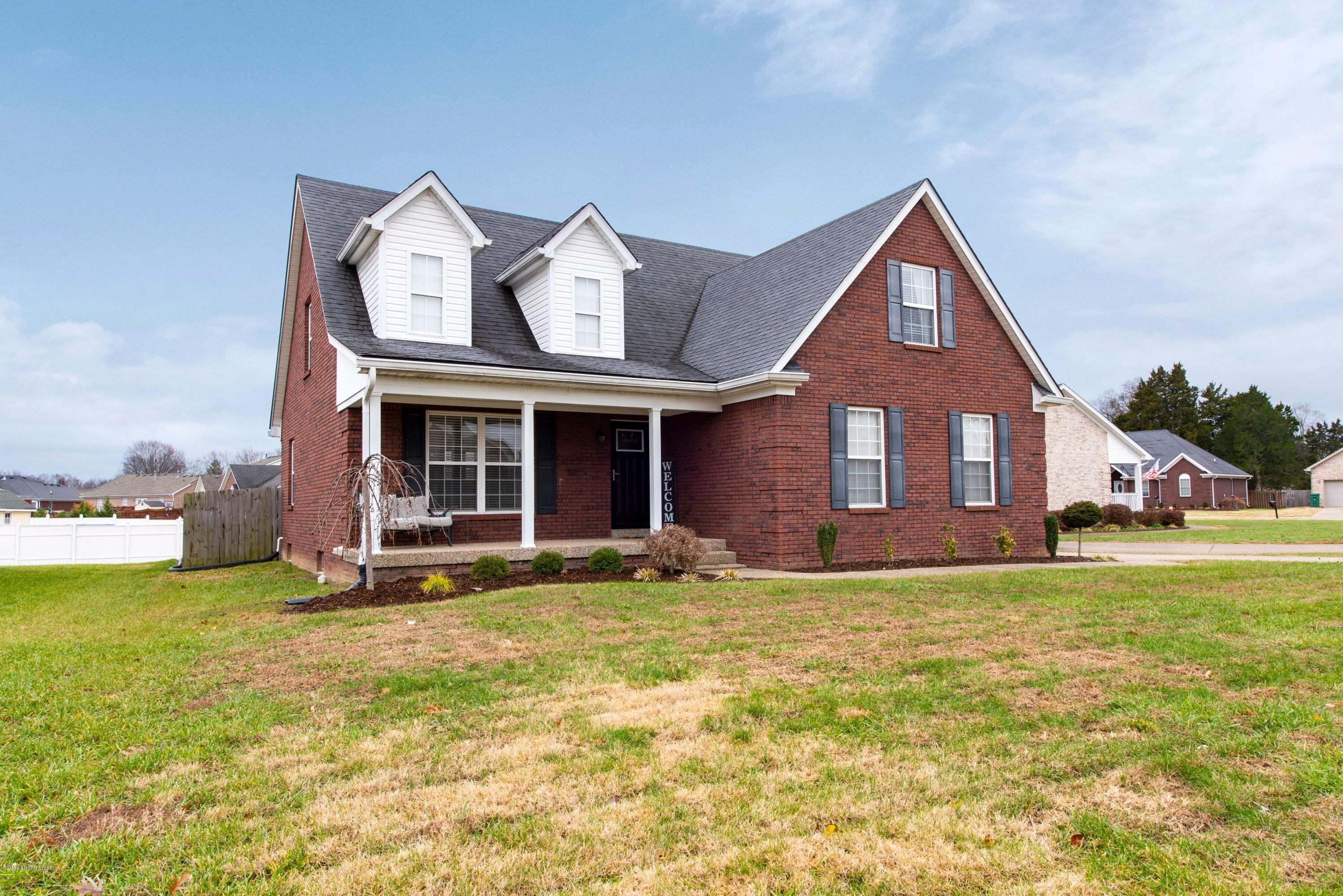 326 Bentwood Dr