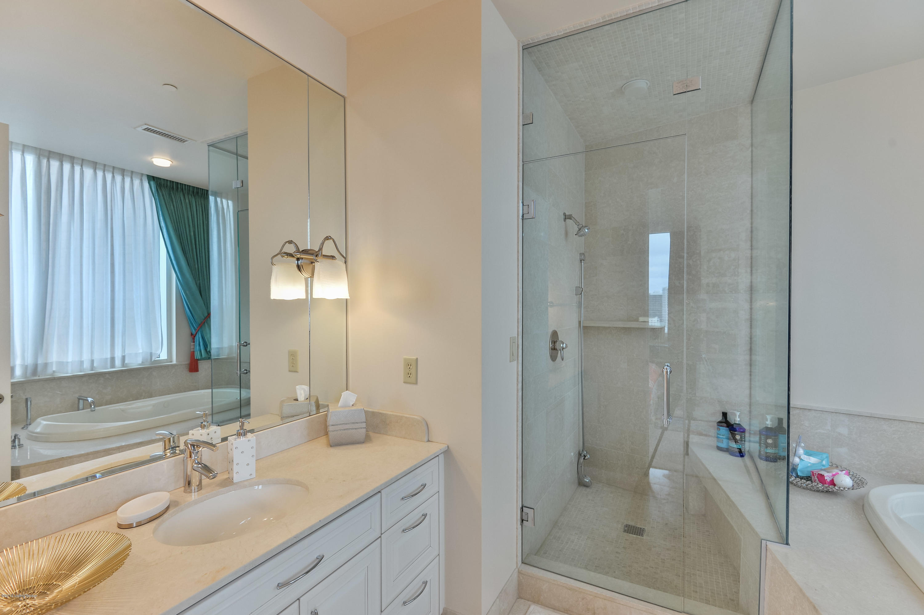 222 E Witherspoon St, Apt 2000