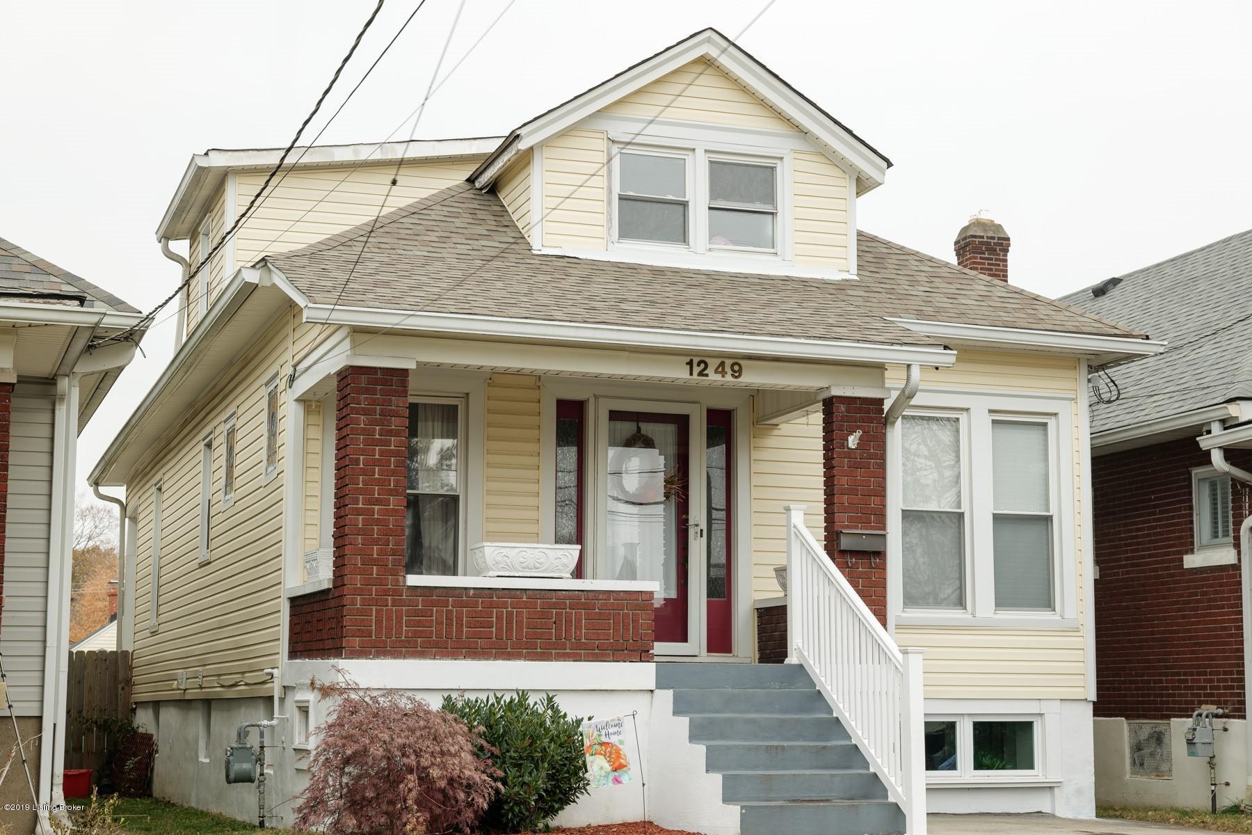 1249 E Burnett Ave